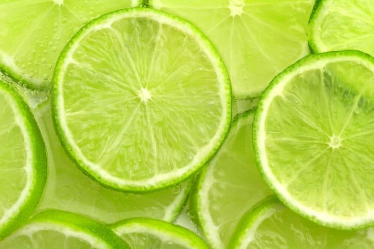 Imagem de fatias de limão.