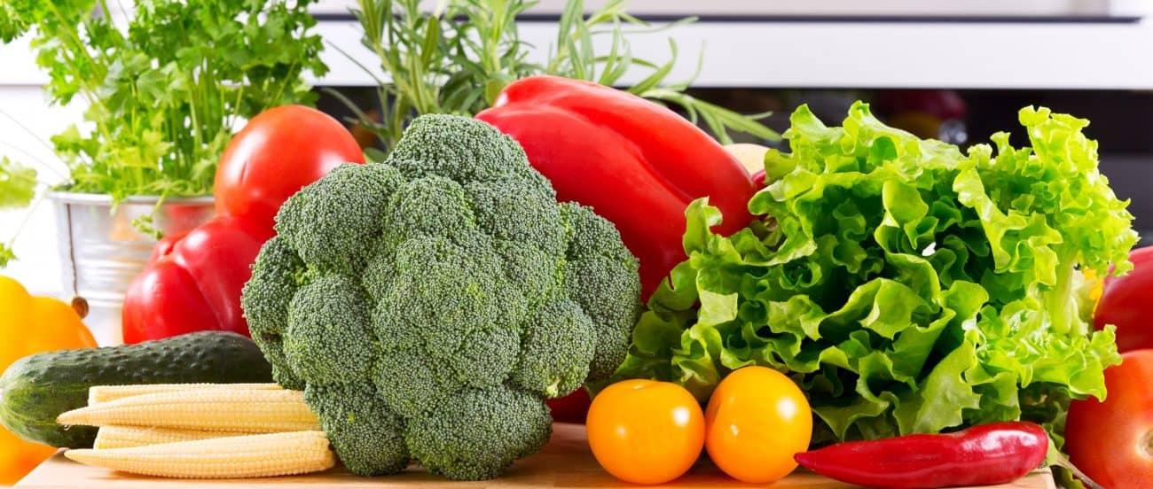 Imagem de frutas e legumes.