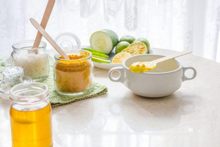 curcuma powder and tea