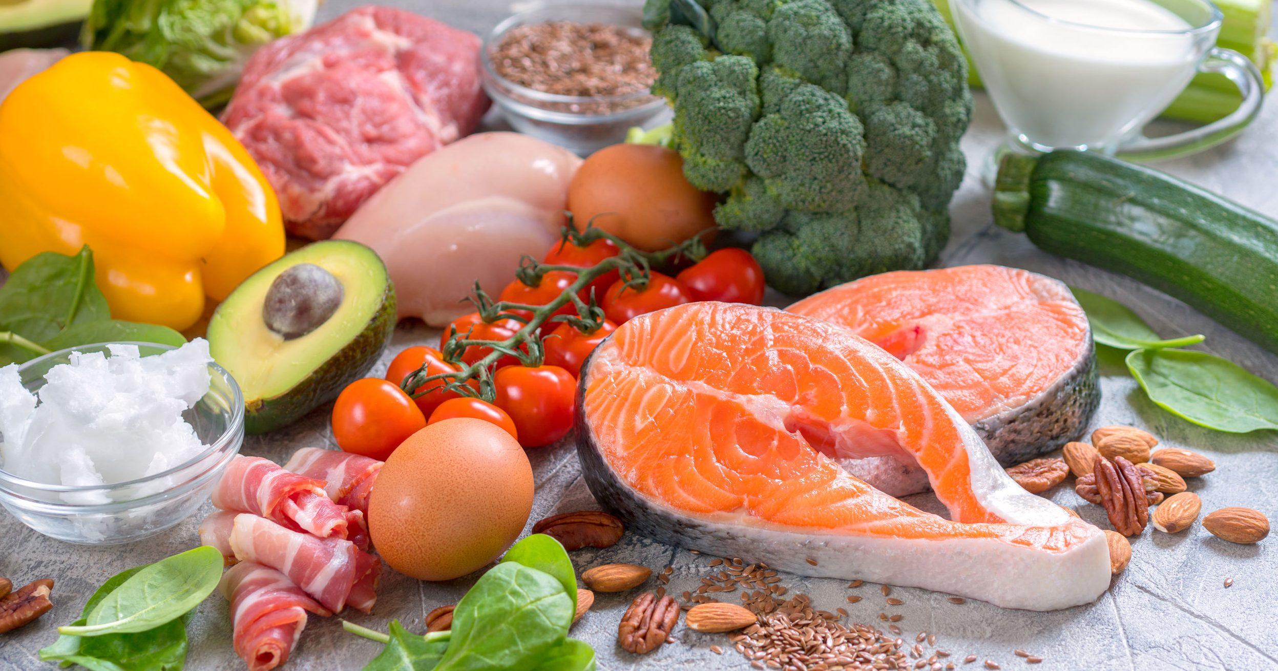 alimentos variados e equilibrados