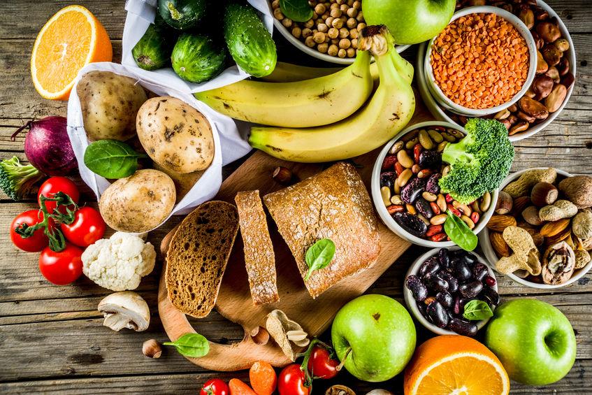 frutas e vegetais de uma dieta balanceada