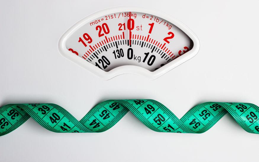 bascula y cinta de medir