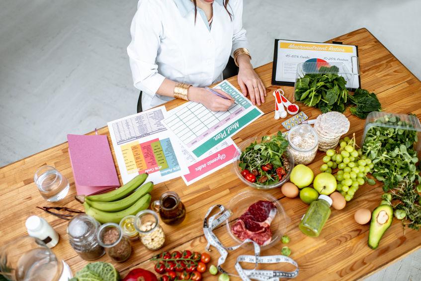 frutas e legumes de uma dieta equilibrada