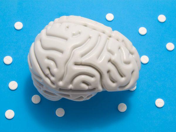 cérebro e pílulas