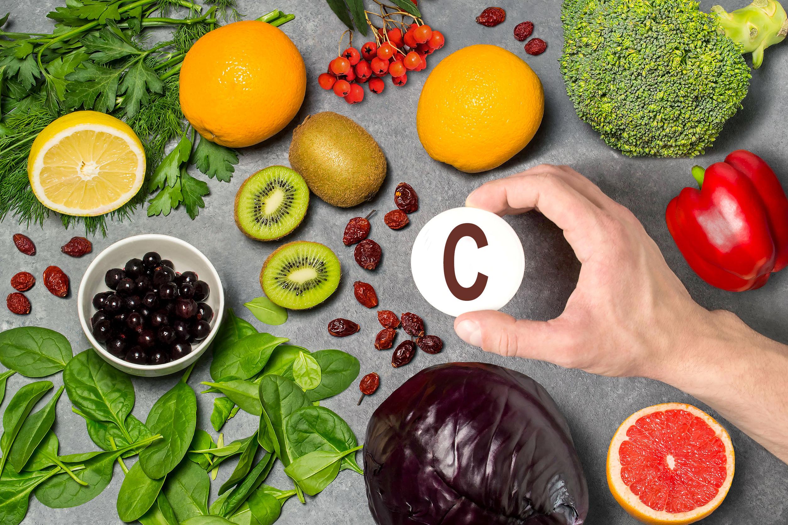 alimentos ricos em vitamina C combatem o escorbuto